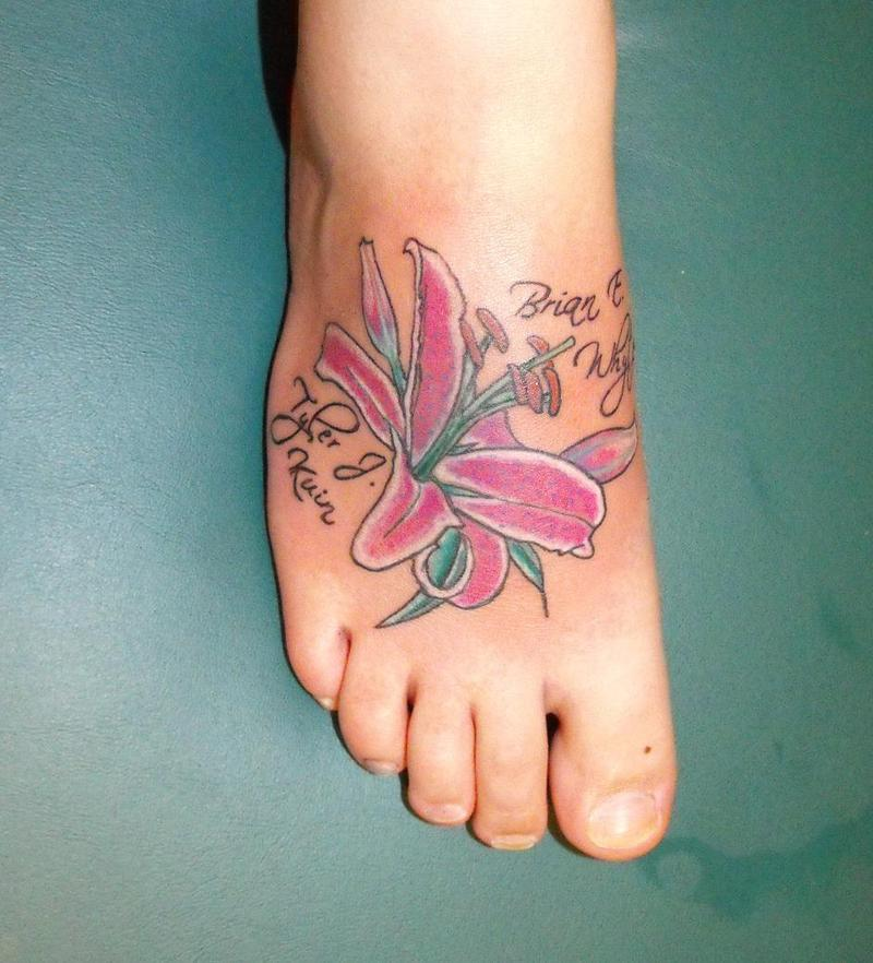 More stunning foot tattoo designs for girls girls foot for Women foot tattoos