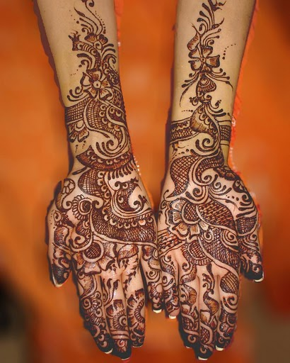 henna tattoo art. Henna tattoos, also called