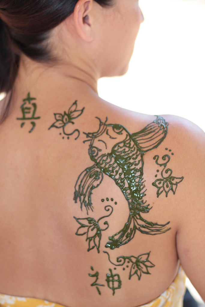 Best koi fish tattoo designs for you for Fish for girls