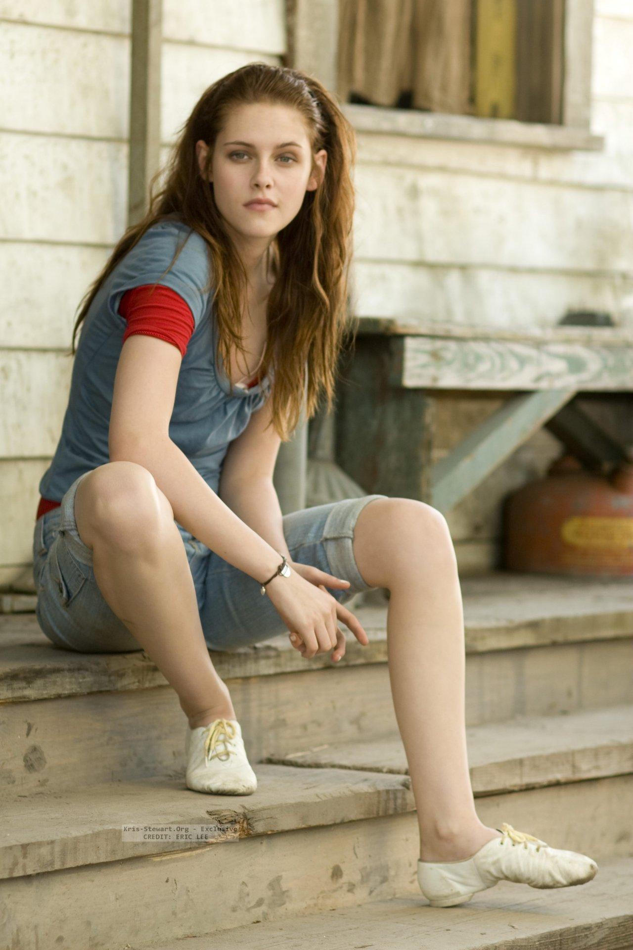 20 Outstanding Pictures of Actress Kristen Stewart
