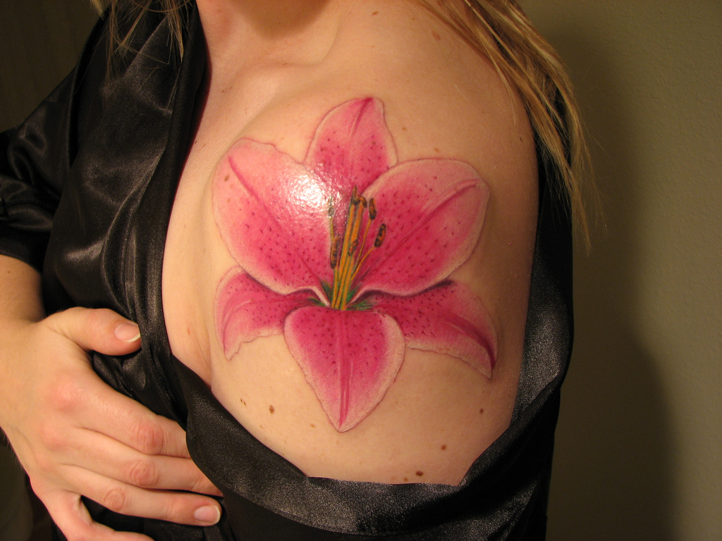 More Stunning Lily Tattoo Designs For 2011