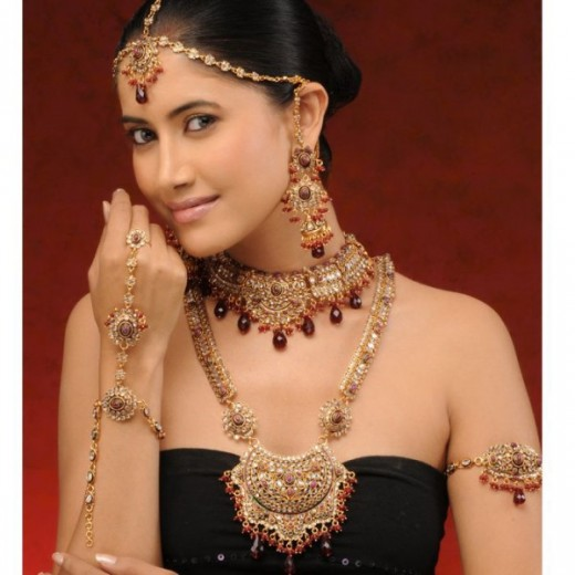 Pakistani Bridal Jewellery Designs For 2011 Yusrablog Com