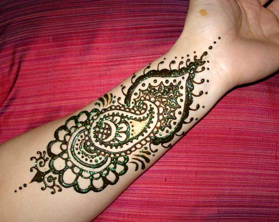 Beautiful Arabic Mehndi Designs For 2011