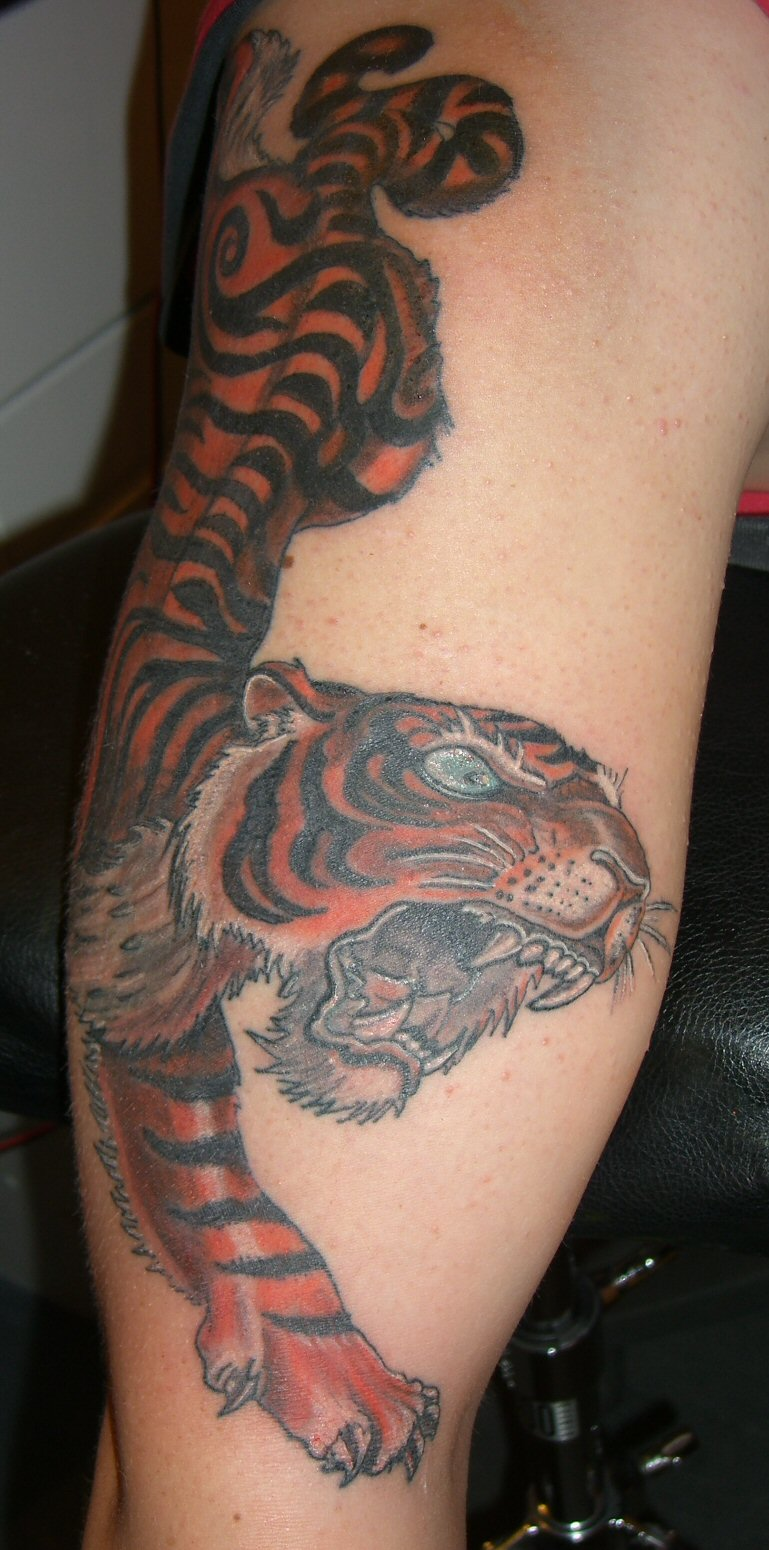 2011 Tiger Tattoo Designs For Women