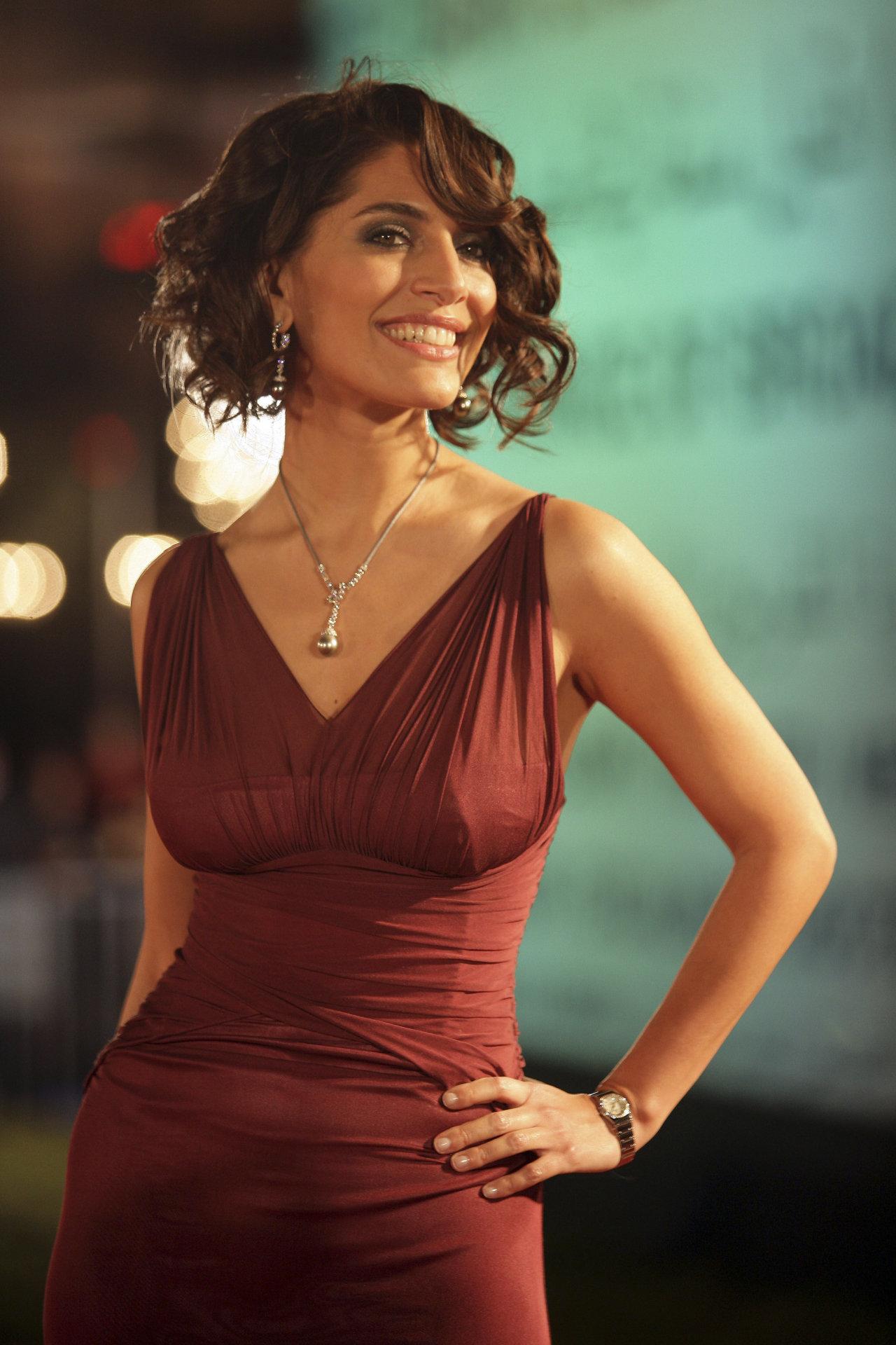 Caterina Murino in Hot Red Dress