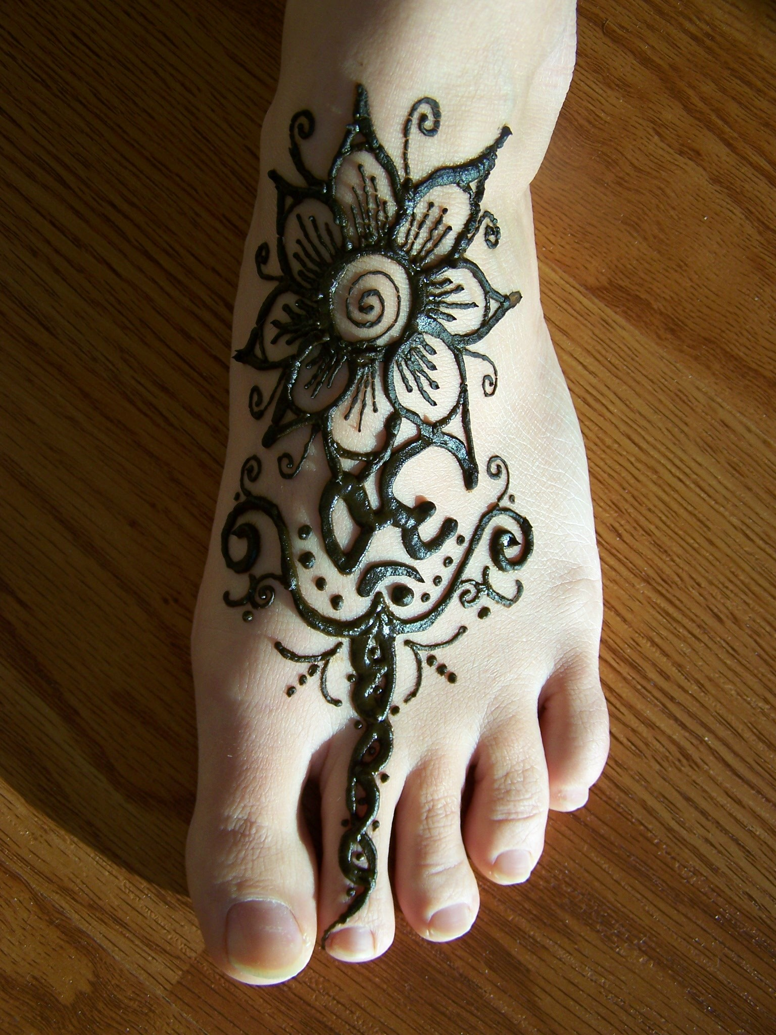 Most Beautiful Mehndi Designs For 2011 Festival Mehndi Design for ...