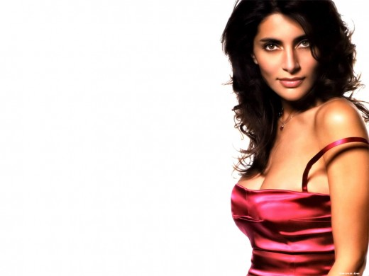Hot Pictures of Caterina Murino