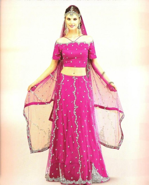 Indian Net Lehenga Choli Design for Dulhan