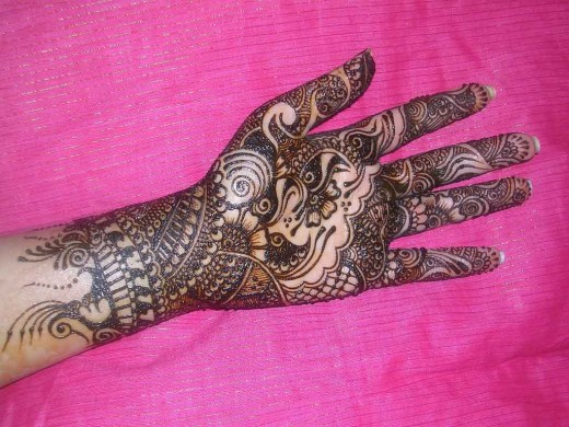 Most Popular Mehndi Design for 2011