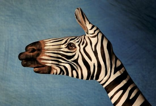 20+ Mindblowing Hand Painting Art By Guido Daniele