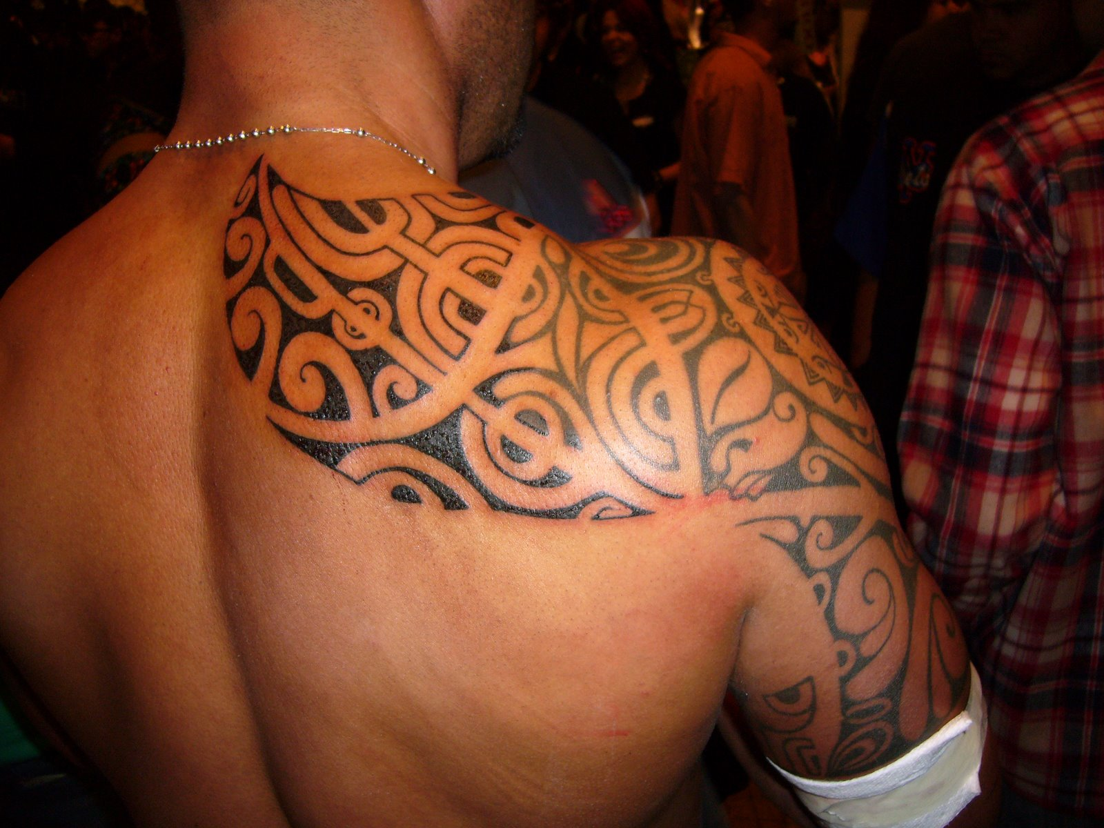 Shoulder Tribal Tattoo Designs 2011