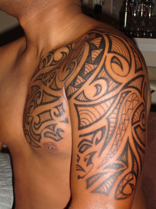 Ideal tattoo art shoulder tattoos tribal designs for Tattoo ideas men shoulder