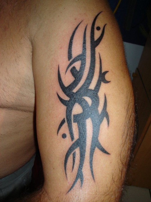 tattoos designs for men arms. Men Tribal Arm Tattoo Design Fashion for 2011
