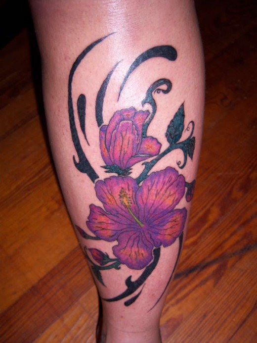 Women Tattoo Design on Leg for 2011