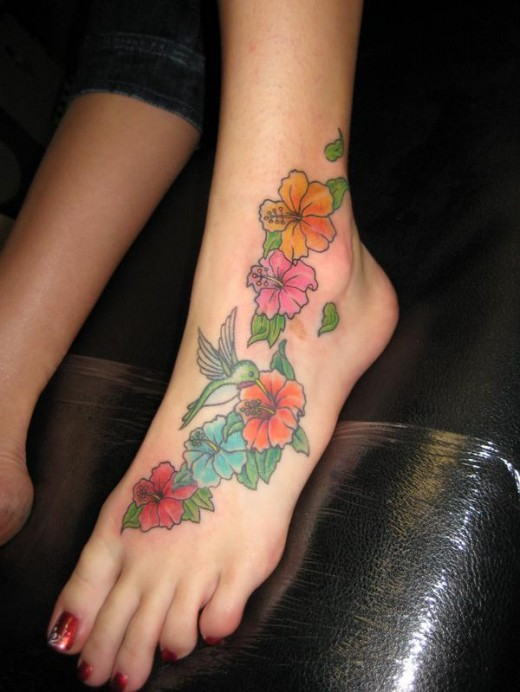 Flower Feet Tattoo Picture for College Girls