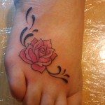 Rose Tattoo Art on Foot for Teenager Girls 2011