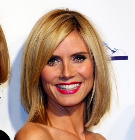 mid length blonde hairstyles 2011. londe hairstyles 2011