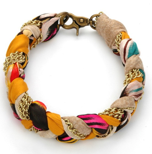 Superb Examples of Funky Friendship Bracelets