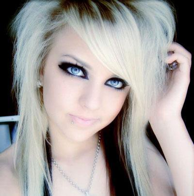 Emo Haircuts For Girls With Short Hair