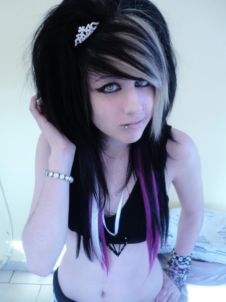 girl hairstyles Emo