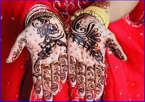 Beautiful Hand Mehndi Designs for Eid 2012