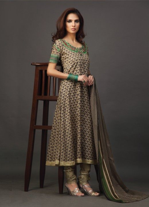 Latest Indian Designer Salwar Kameez 2012 | YusraBlog.