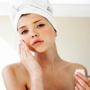 How To Reduce and Remove Acne Naturally
