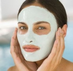 10 Best Natural Homemade Face Masks