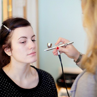 10 Cool Tips To Applying Airbrush Makeup