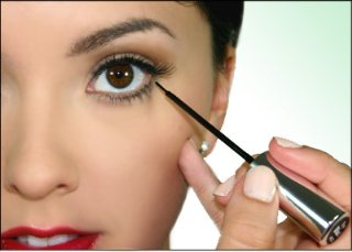 Top 5 Tips for Applying Eyeliner
