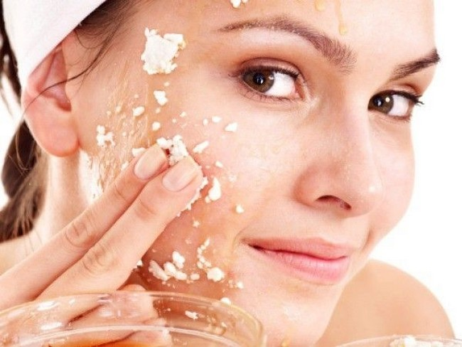 15 Must Have Natural Remedies for Smooth Skin