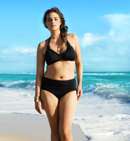 Go For That Pin Up Look With A Sexy Plus Size Swimsuit