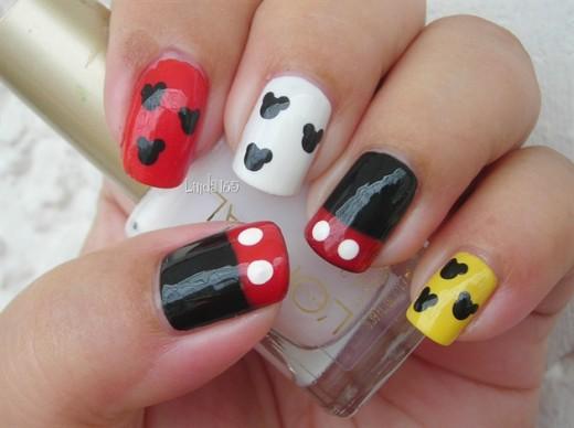 15 Dazzling Mickey Mouse Nail Art Designs Yusrablog