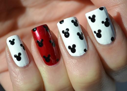 Дизайн ногтей микки маус