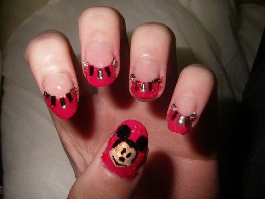 Fresh Mickey Mouse Nail Art Designs