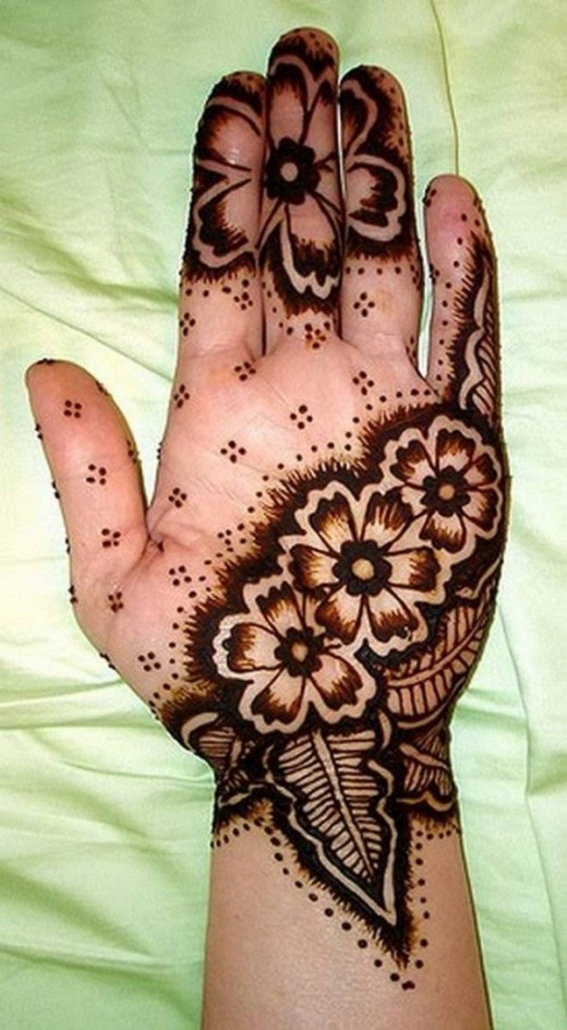 Easy Bold Mehndi Designs For Hands 2016