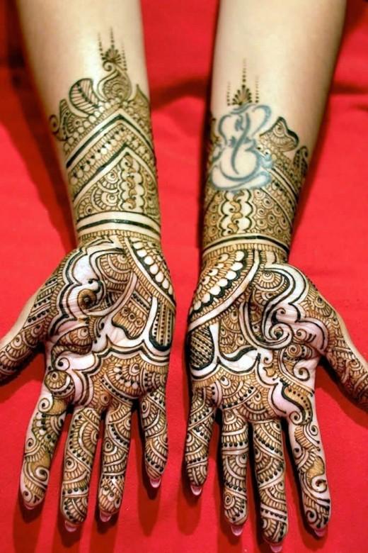 Fancy Bridal Mehndi Style for Wedding
