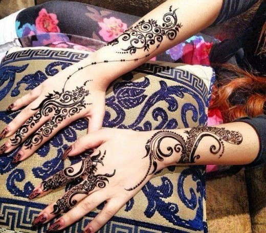 Latest and Stylish Mehndi Designs for Brides