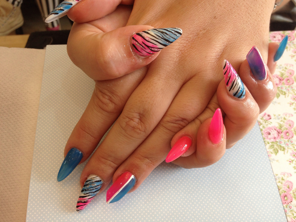 Perfect Stilettos Nail Art Illustration - Nail Art Ideas - morihati.com