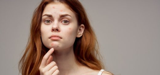 Shocking Ways The Wrong Makeup Products Can Affect Your Skin Health